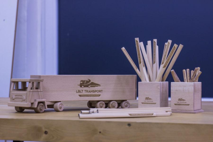 Výroba dřevěné dárkové sady