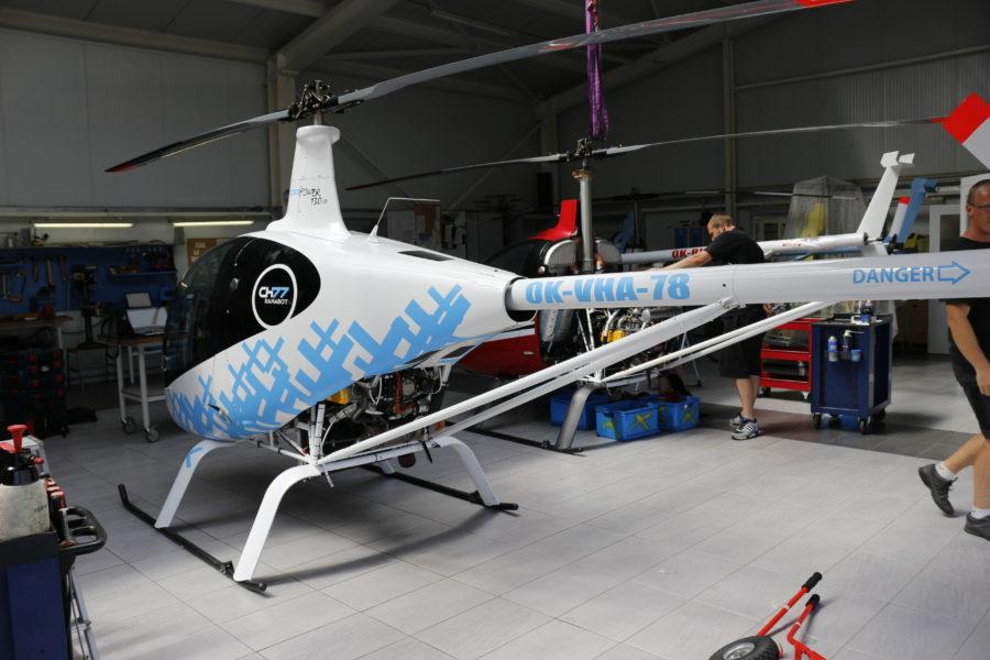 Heli CH77 Ranabot modro-bílá